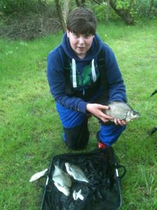 Ronan's first match and done well to catch 4lb of skimmers mainly on the method feeder. Ronan weighed in 4lb 8oz