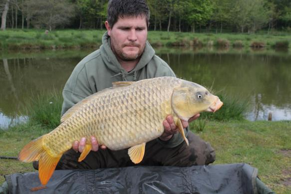 Kevin Hamill 17lb 12oz Ghostie Serpentine Pool