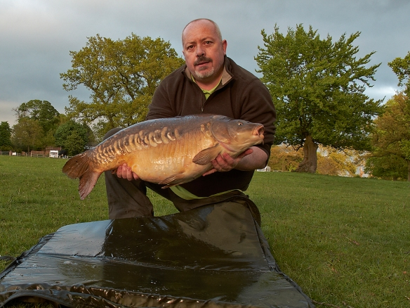 Mark Johnson 28lb Mirror Carp Belmont Pool plus a further 19 fish in the one session!!