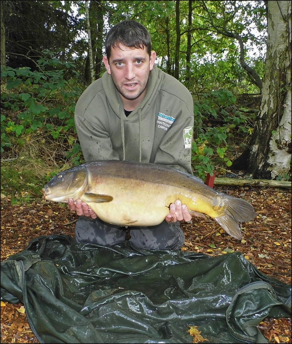 Mike Quinn's 20lb 4oz, Lymmvale mirror.