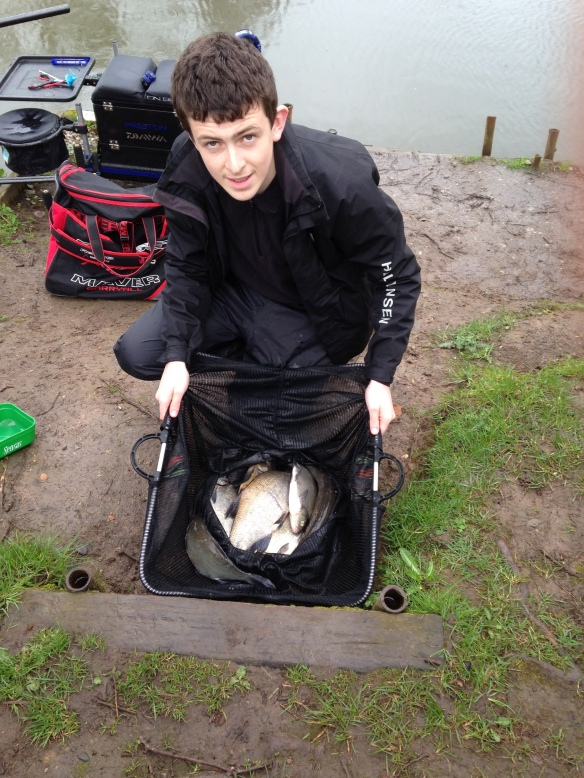 Jack Stansfield catch of 8lb 12oz of skimmers caught early.