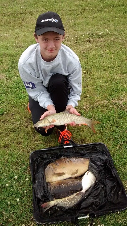 Kyle Hickman's 16lb 8oz giving a pairs total of 27lb 10oz