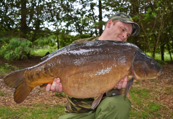 ….30lb+ of Lymmvale mirror!